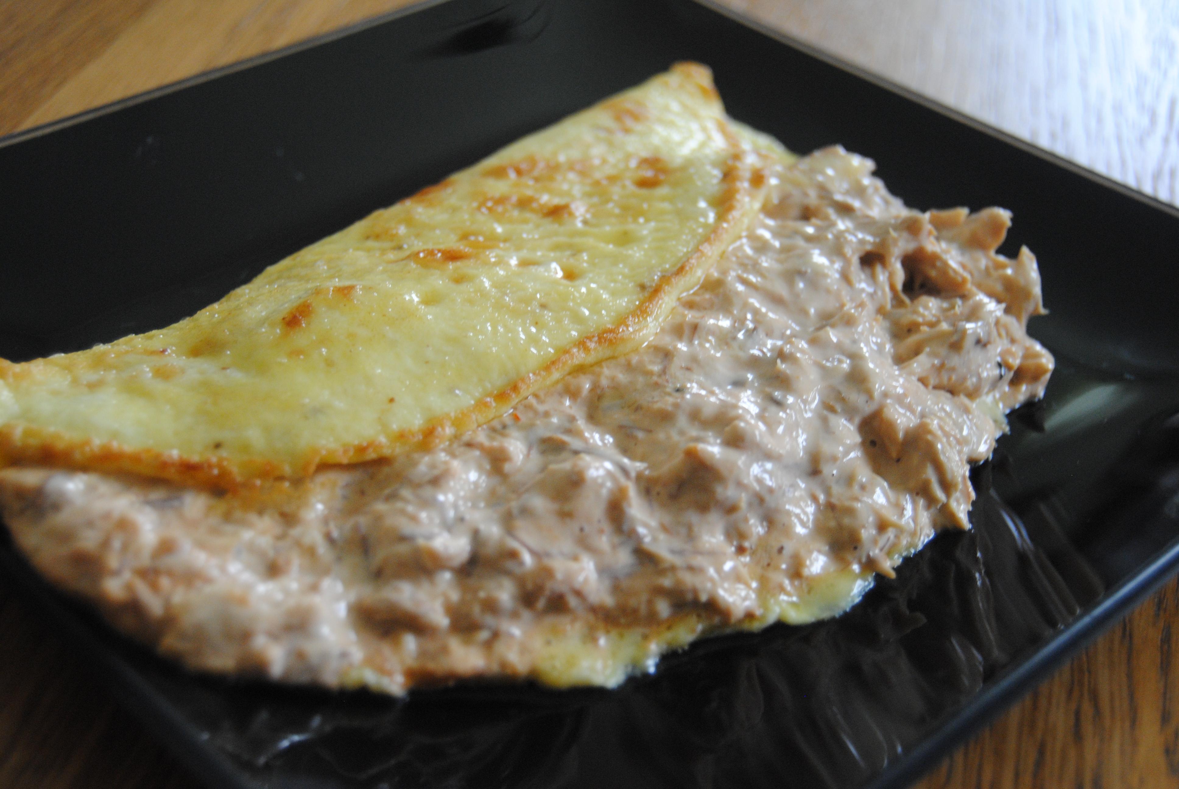 omelett med makrill i tomatsås